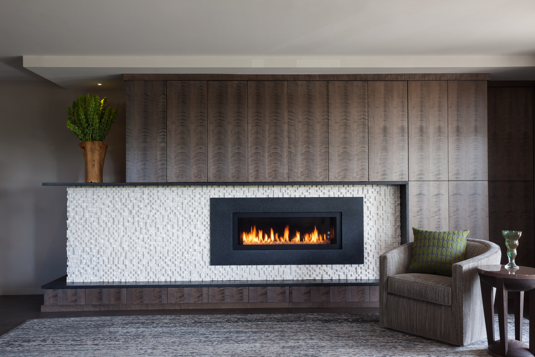 Linear-Fireplace-design-Minneapolis-interior-designer.jpg