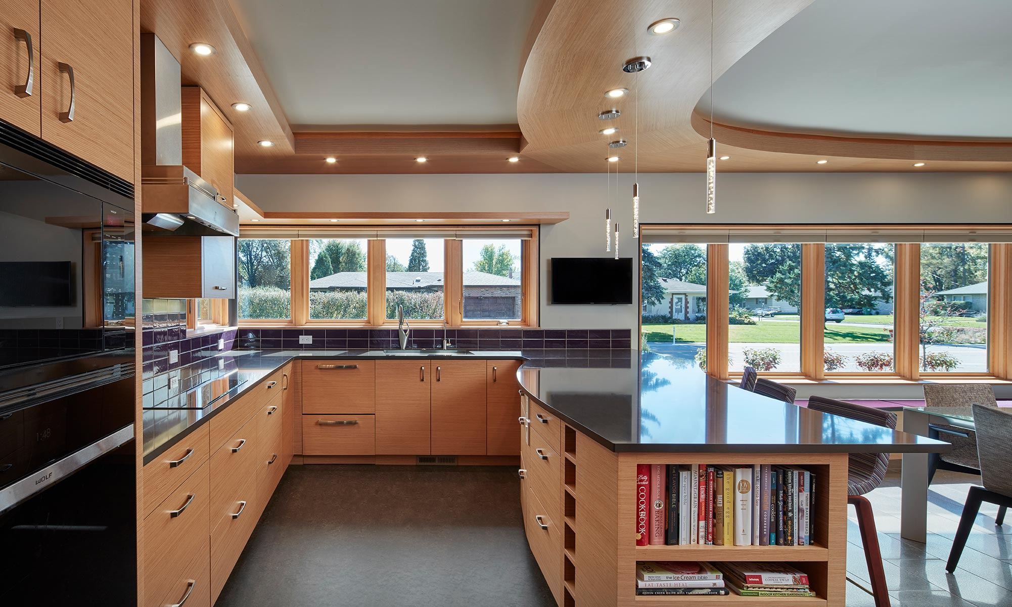 2-sustainable-modern-gourmet-kitchen-minneapolis-interior-designer.jpg