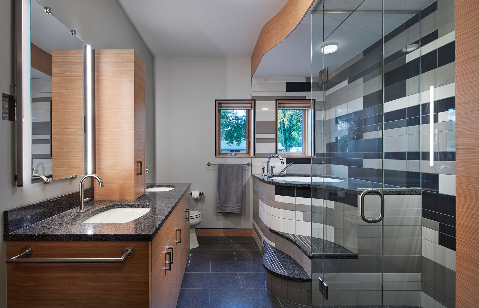 8-modern-sustainable-master-bath-minneapolis-interior-designer.jpg