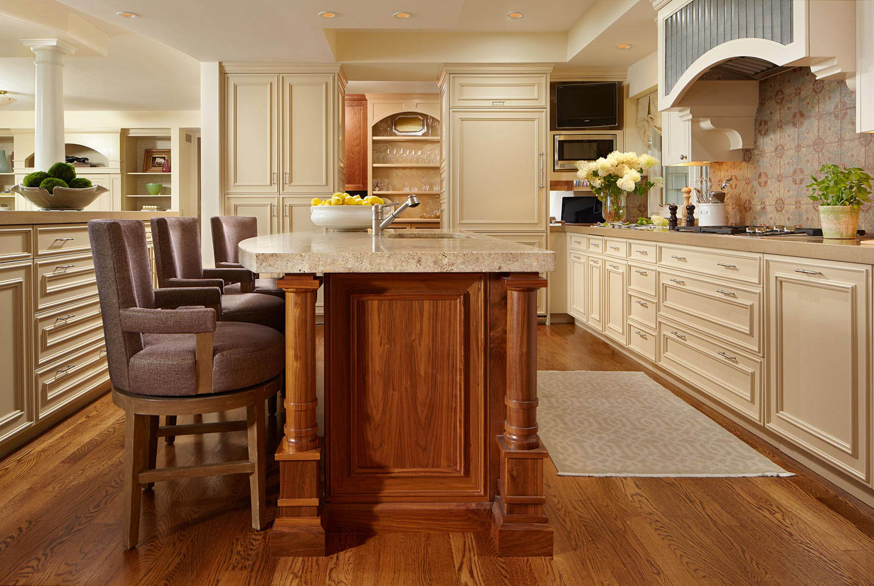 gourmet-luxury-kitchen-wayzata-interior-designer.jpg