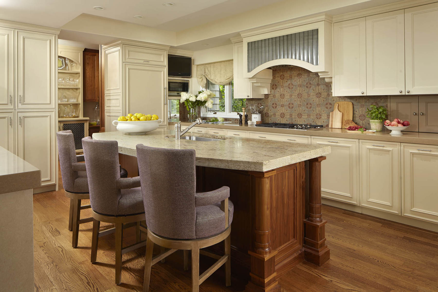 2-custom-gourmet-island-kitchen-minneapolis-interior-designer.jpg