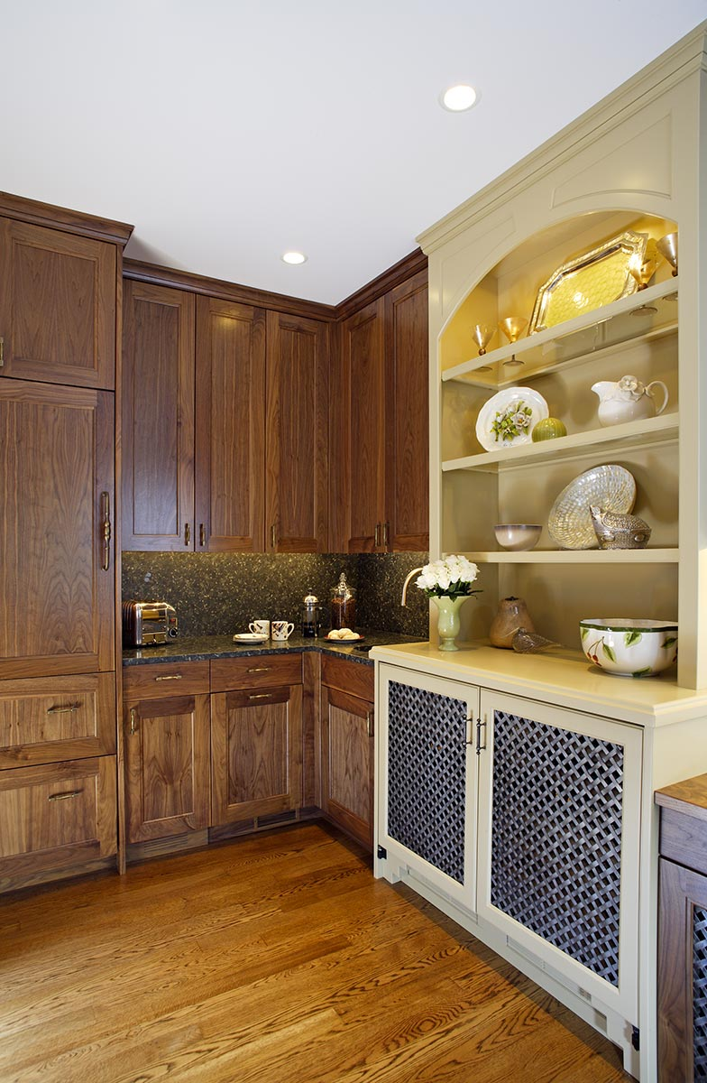 3-luxury-butlers-pantry-coffee-bar-minneapolis-interior-designer.jpg