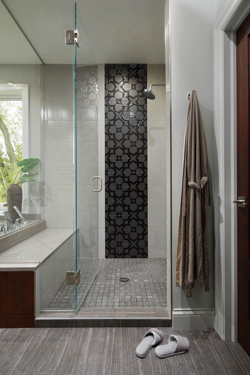 Modern-Luxury-Shower-Black-Gray-Color-Palette-Interior-Designer-Minneapolis.jpeg