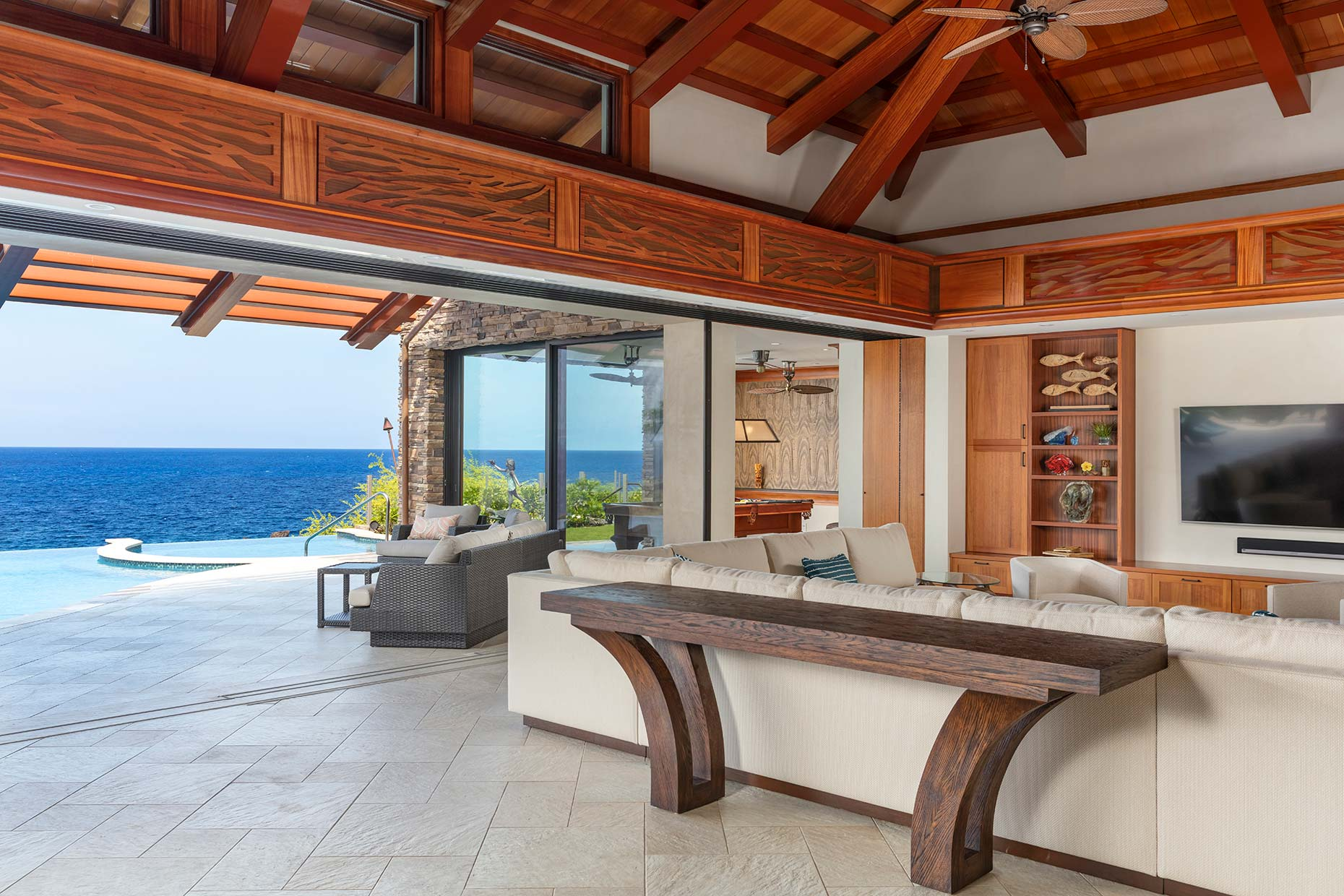 Hawaii luxury residential property living room