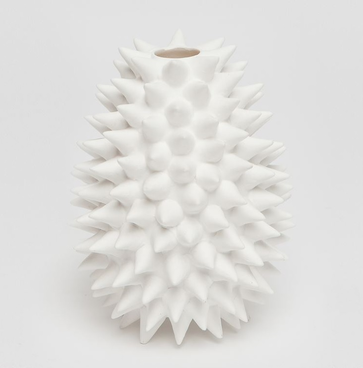 textured-vase-white-interior-design-55405.jpg