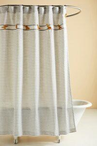 dorm-room-design-closet-curtain